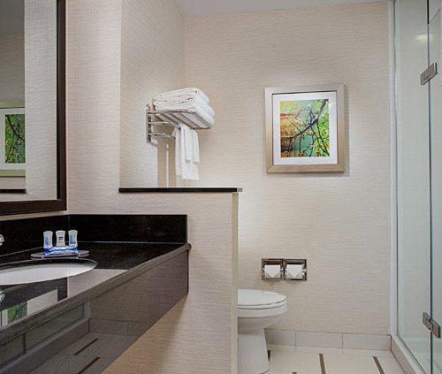 Fairfield Huntington Bathroom