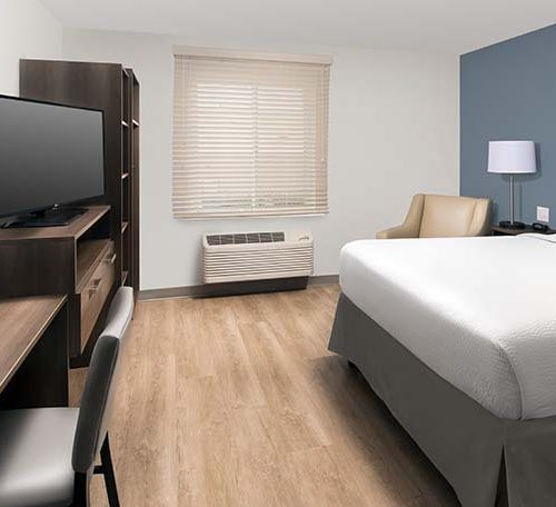 5 WoodSpring Suites Extended Stay Hotel One Bed Suite GENERIC 738x456