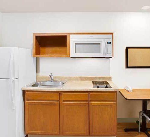 WoodSpring Suites Extended Stay Hotel Rebrand Carpet Generic Base+Kitchen 738×456~800